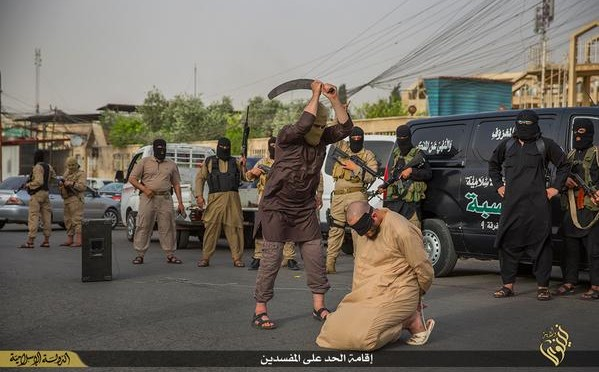 ISIS decapita due presunti 'banditi'