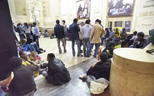 Milano è piena: non c'è più posto per i 'profughi'