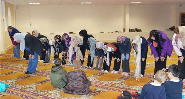 Scuola Media: ora di ISLAM al posto della matematica