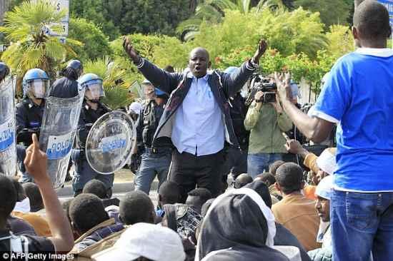 RENZI INVIA IN VENETO ALTRI 722 AFRICANI: ZAIA, PERCHE' NON CREI UNA MILIZIA?