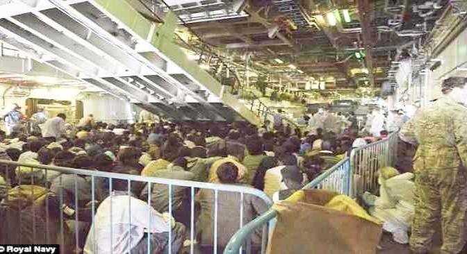 Genova: arrestati appena sbarcati altri 3 potenziali terroristi