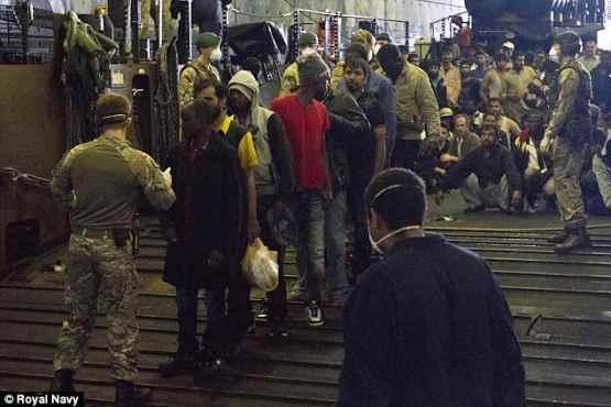 Piano B: nave tedesca sbarca 522 clandestini infetti a Salerno