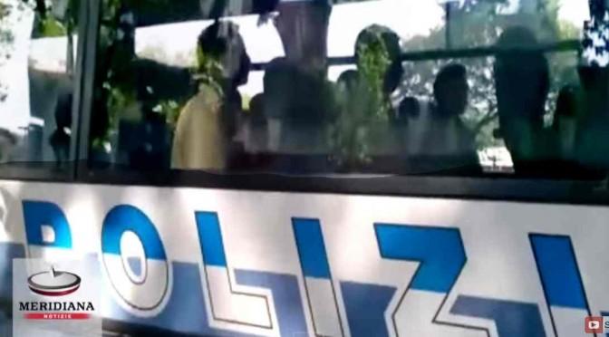 Profugo picchiato a Roma: identificato 'aggressore', è padre bimbo sequestrato da profughi