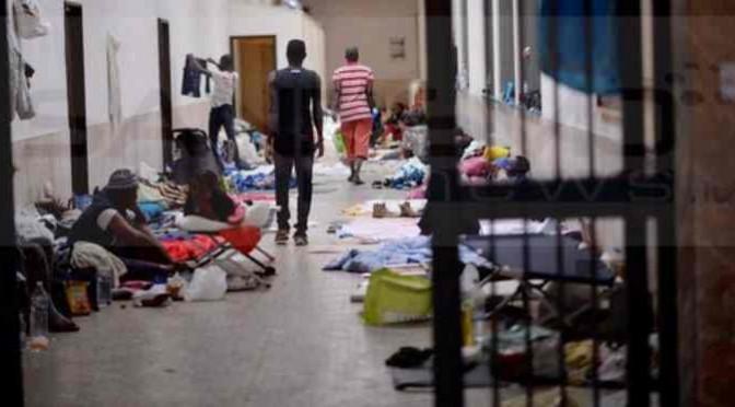 Ventimiglia: Come i sedicenti profughi hanno ridotto la stazione – FOTO