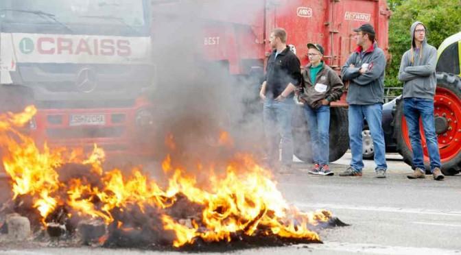 FRANCIA: Allevatori in rivolta bloccato prodotti dall'estero