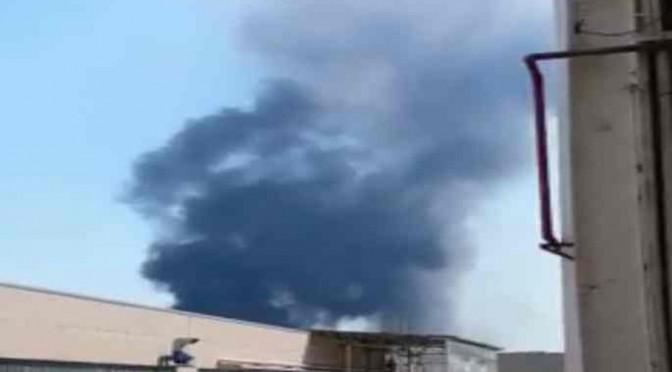 Napoli: zingari bruciano rifiuti, fumi tossici alla diossina – VIDEO