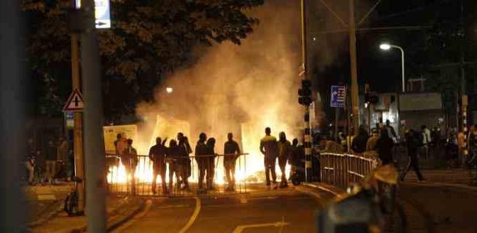 Olanda: rivolta contro centro profughi, scontri duri