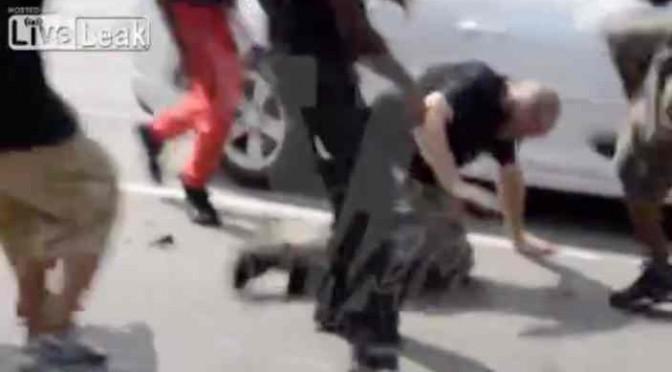 Ragazzo massacrato di botte da africani – VIDEO CHOC