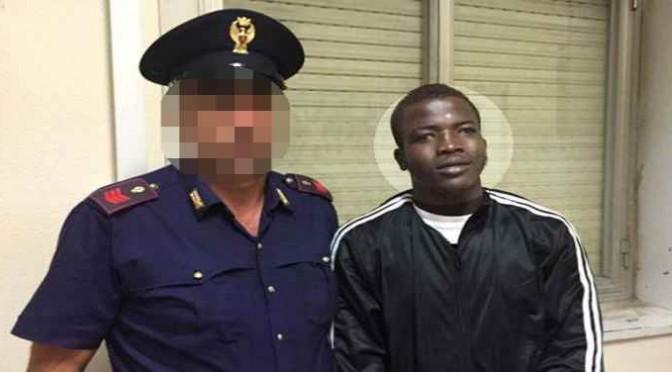 Resistenza: posto di blocco anti-clandestini a Mineo, picchiati africani