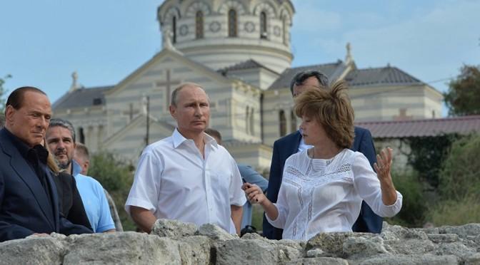 Ucraina dichiara Berlusconi 'persona non grata': ingresso vietato
