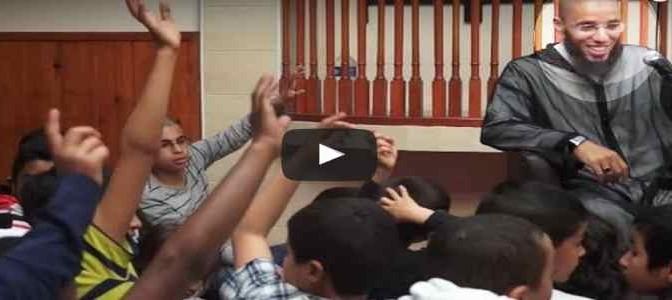 """Imam: """"Chi ascolta musica può trasformarsi in scimmia"""" – VIDEO"""