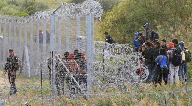 Austria costruisce barriera anti-immigrati: allarme in Friuli