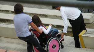 Profughi in hotel di lusso, disabili mandati a morire in Svizzera