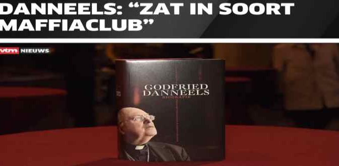 """Cardinale rivela: """"Club Mafia ha fatto fuori Ratzinger"""""""
