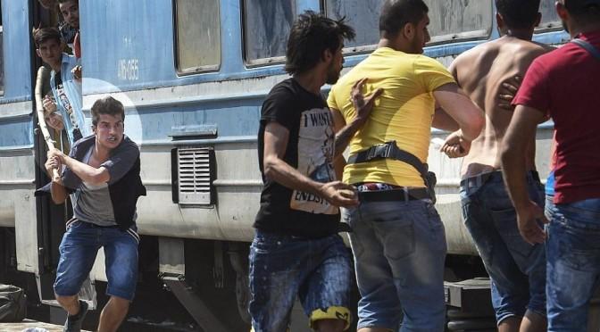 Treni carichi di clandestini al confine orientale