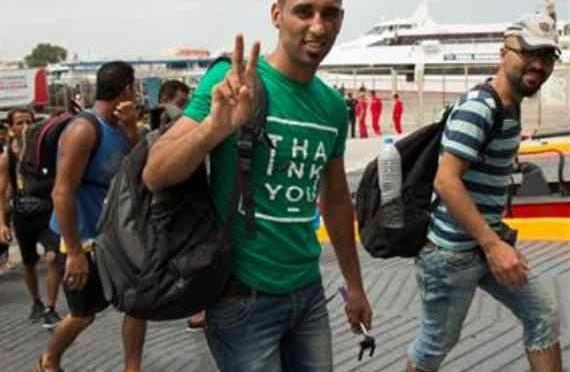 Università gratis a Napoli: ma solo se sei profugo (finto)