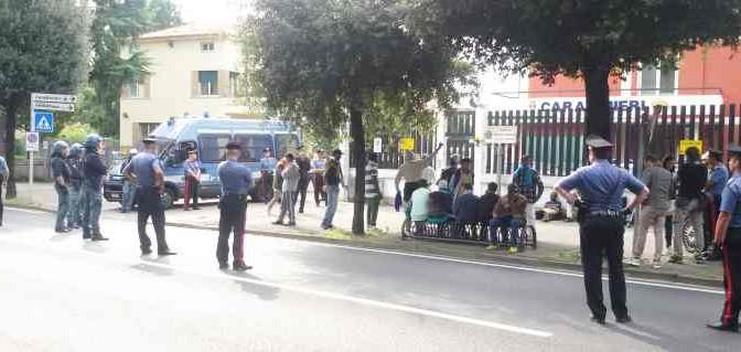 Schio: nuova protesta dei profughi (finti)