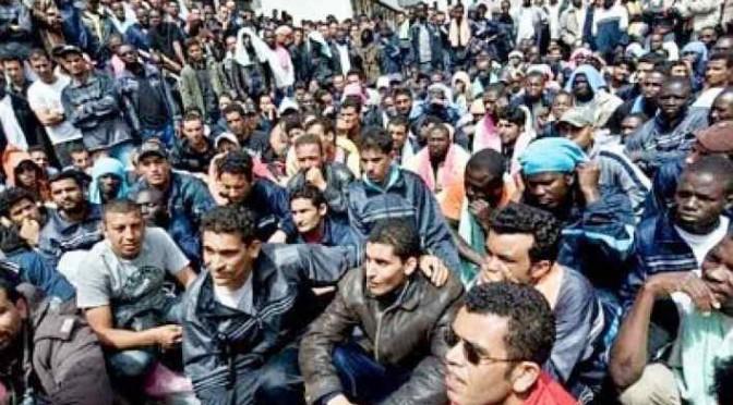 Vigili sfrattati dai profughi: va a loro la palazzina