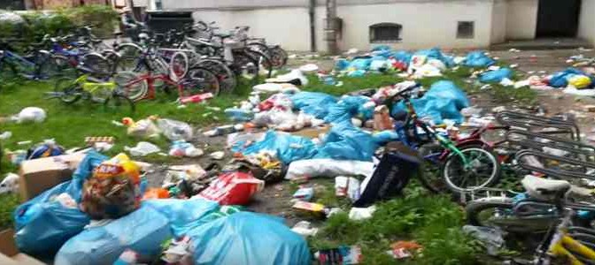 Comune spende 250mila euro per la spazzatura dei profughi