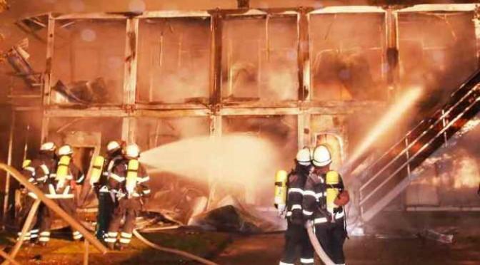 Resistenza in Germania: 236 centri profughi attaccati, dati alle fiamme