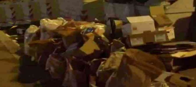 Firenze: Regione inonda via di spazzatura – VIDEO