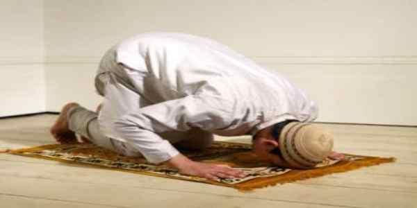 Obbligato a convivere con islamico in casa sua