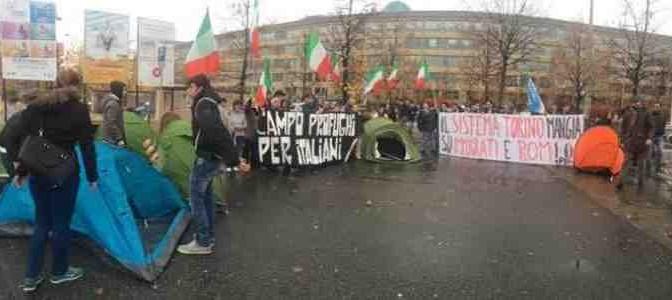 """Campo profughi per italiani a Torino: """"Le case solo ai migranti"""""""