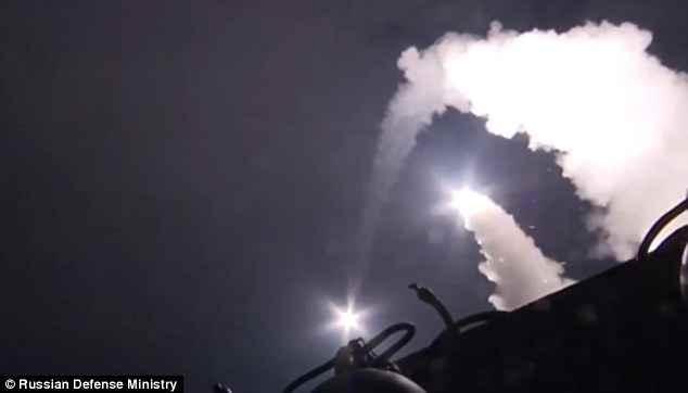 Siria: russi colpiscono altri 118 obiettivi, in 24 ore
