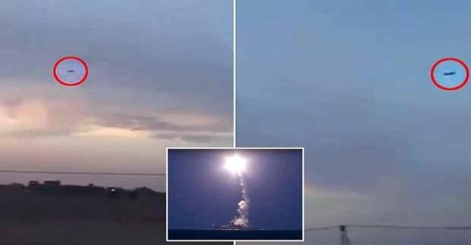 Missili russi ripresi in volo verso ISIS – ECCO IL VIDEO