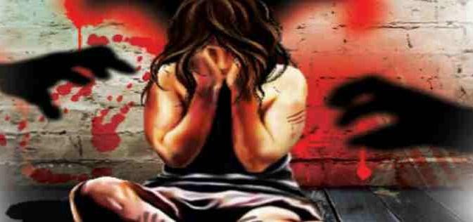 Profughi afghani stuprano ragazzina di 14 anni