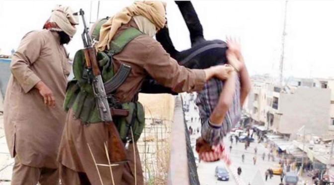 """Membri ArciGay: """"Vogliamo occuparci dei profughi"""" – FOTO"""