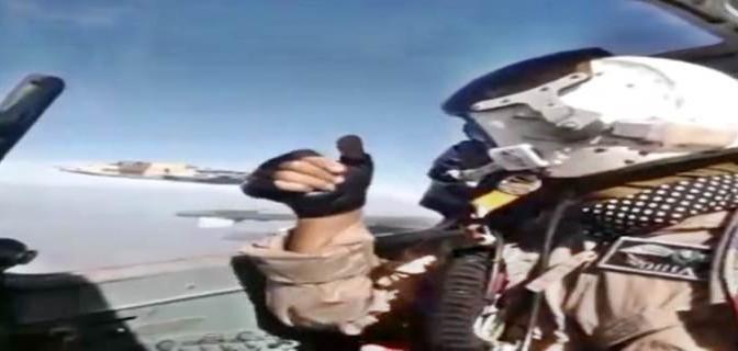 Bombardamento di ISIS in diretta da aerei russi – VIDEO