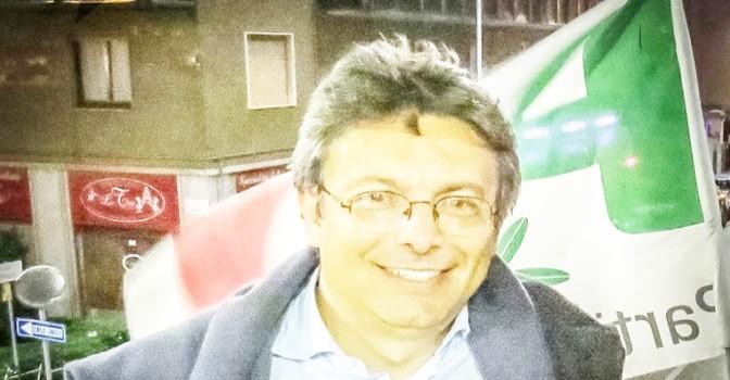 """Scultore contro sindaco: """"Pensi solo agli immigrati"""""""