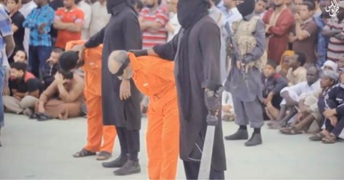 "LIBIA: ISIS DECAPITA DUE UOMINI A TRIPOLI PER ""STREGONERIA"" – VIDEO CHOC"