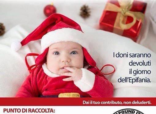 Un regalo di natale ai bimbi italiani poveri v x for Vestiti usati in regalo