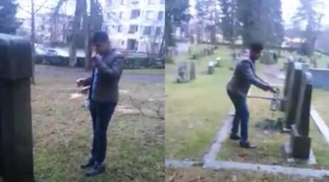Profughi islamici dissacrano cimitero: offendono i morti – VIDEO