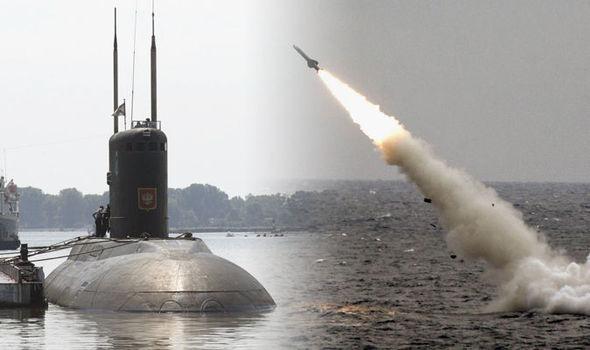 Russia schiera in Siria il sottomarino che c'è ma non si vede