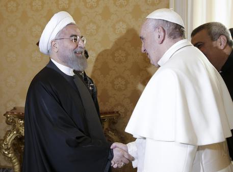 25 cristiani arrestati in Iran, se ne ignorano i motivi