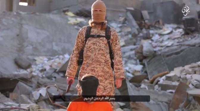 """ISIS minaccia Le Pen: """"Vi colpiremo"""""""