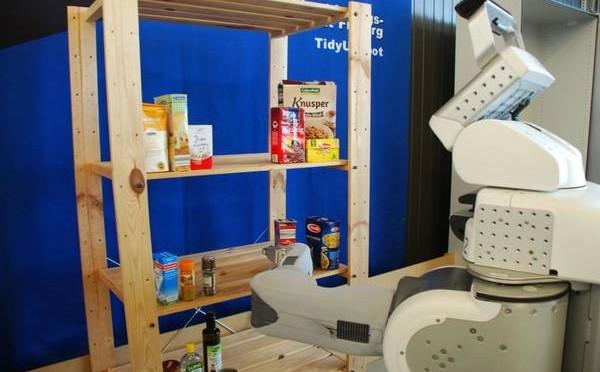 Addio badanti, i robot renderanno obsoleta l'immigrazione