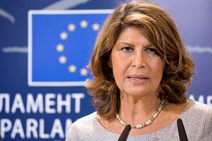 Questa parlamentare PD vuole riempire Università italiane di finti profughi
