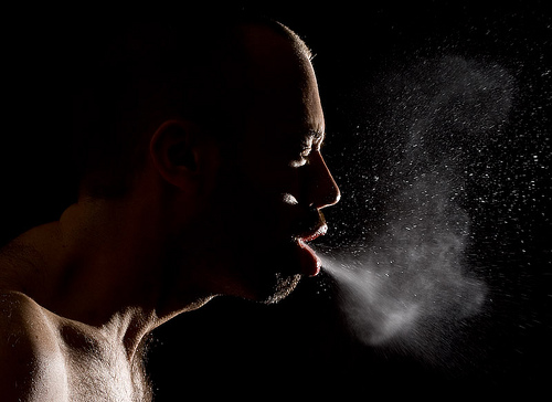 Profugo muore di malattia infettiva, dove sono i controlli?
