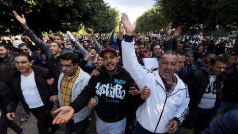 Vercelli, Islamici non pagano tasse e pretendono di mangiare gratis