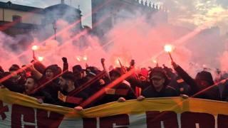 Turchi mettono Roma a ferro e fuoco, Renzi e Alfano pensano ai gay – FOTO – VIDEO