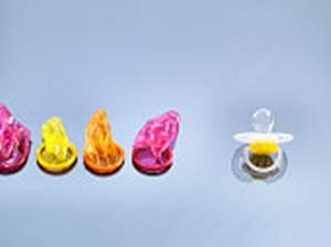 """Sostanza presente in preservativi, ciucci e guanti """"probabilmente provoca il cancro"""", OMS"""
