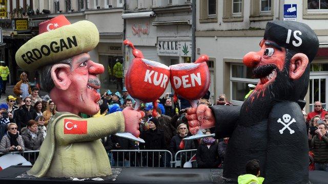 Turchia apre inchiesta su Charlie Hebdo per vignetta