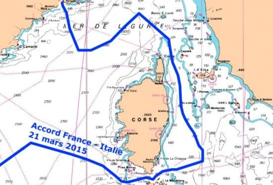 Renzi cede i nostri mari alla Francia