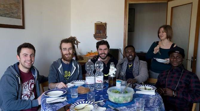 Profughi (finti) nelle case degli studenti, folle progetto a Parma