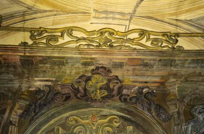 Pulizia etnica a Brescia: storico negozio diventa Kebab, distrutti affreschi
