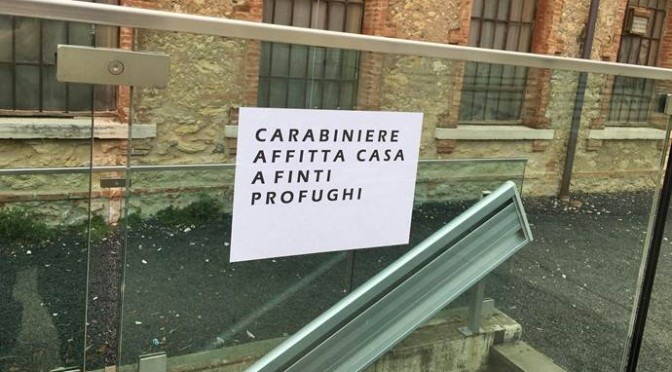 Carabiniere affitta villetta ai profughi: rivolta in cittadina